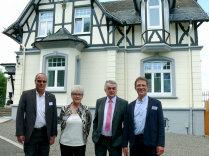 Foto: Ute Sommer v.l.n.r. Kay Wegermann, Erika Ullmann-Biller, Minister Herbert Reul, Diethelm Salomon